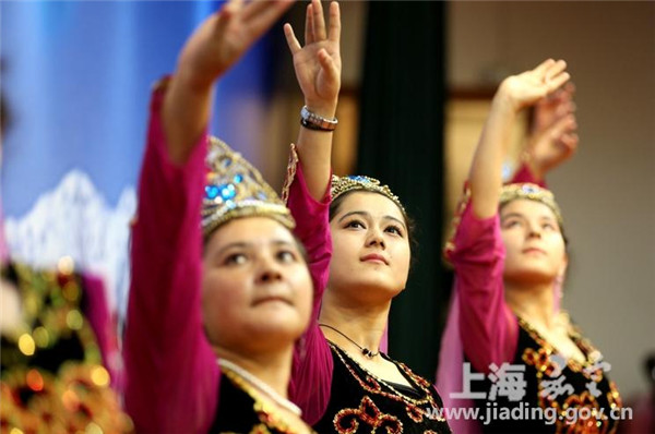 Chinese Muslim students celebrate Corban Festival in Jiading
