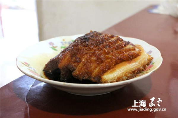 Fried boiled pork, tender and not greasy